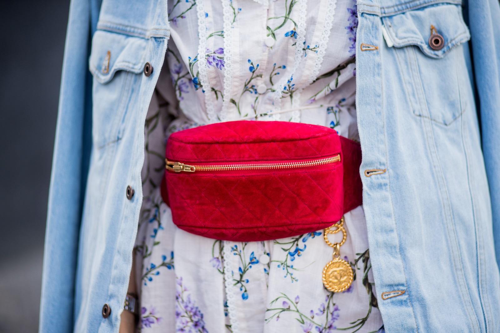 Vintage Chanel Belt Bag Luxussachen.com
