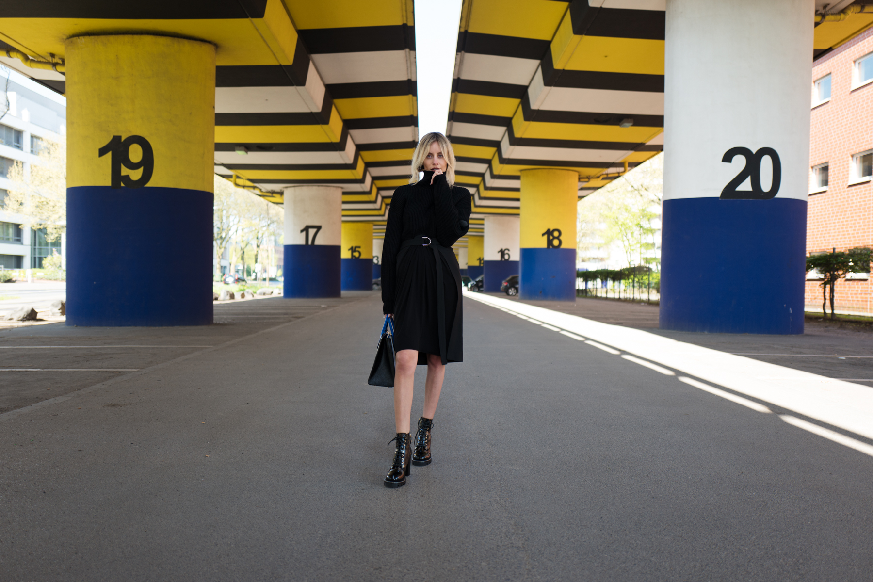 Louis Vuitton RTW fall winter collection outfit fashion blogger lisa hahnbück